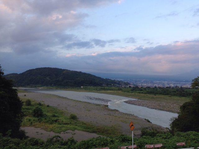 富士川と、岩本山と。